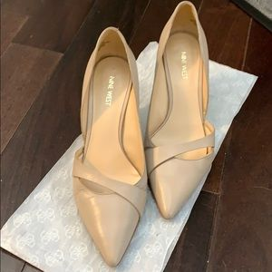 Preloved Nine West Nude Coloured Pointed Toe Heels